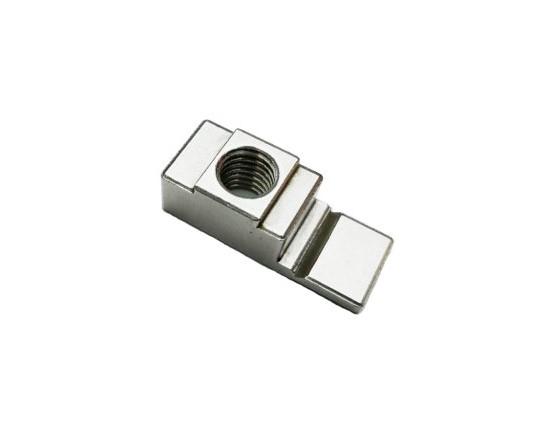 M6不锈钢嵌入式螺母,M6M8机柜配件,M6M8不锈钢方螺母,九折型材机柜安装配件,不锈钢鸭舌螺母